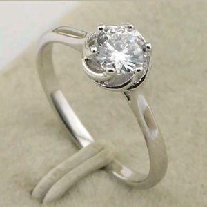 Sz 9 Cz white GF ring